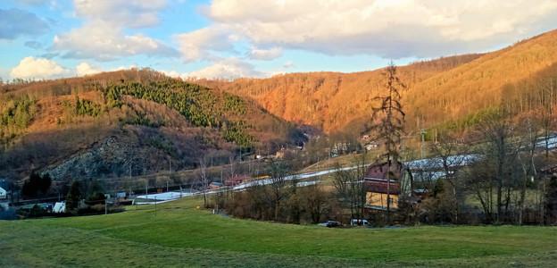 Obec Hrubá Voda v údolí Bystřice