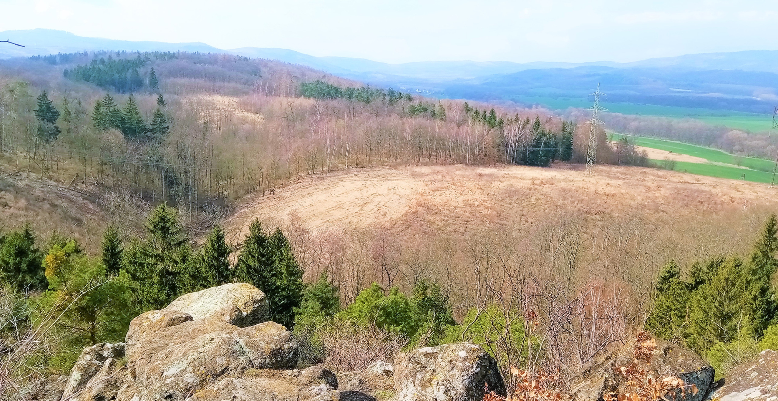 Pohled na Doupovské hory