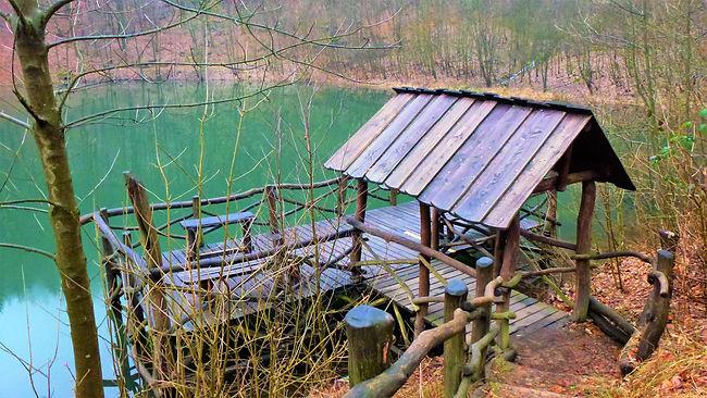 Posezení nad hladinou Kotelního rybníka