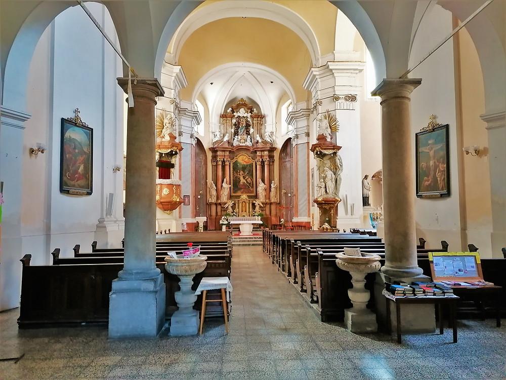Interiér kostela svatého Vavřince v Přerově