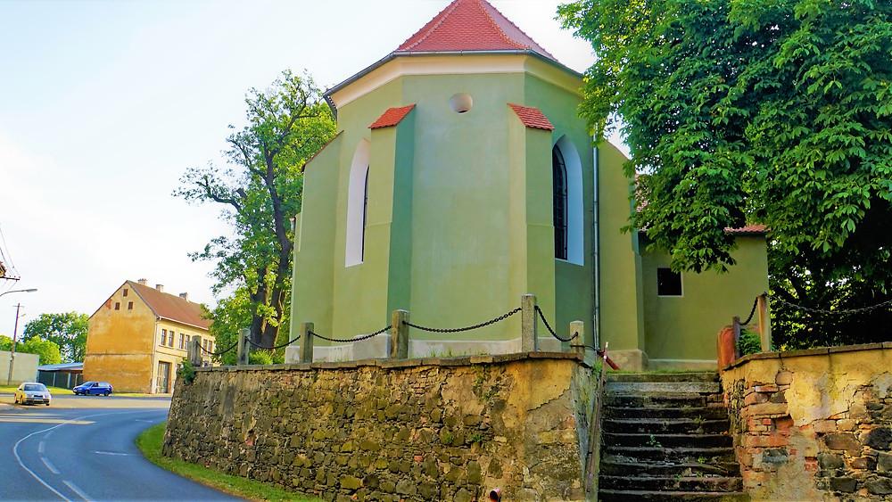 Kostel svatého Mikuláše v Nepomyšl