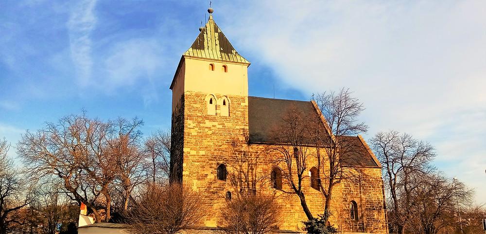 Kostel svatého Bartoloměje v Kyjích