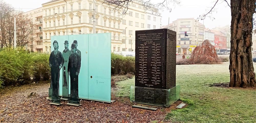 Pomník padlým zaměstnancům ČKD během II. světové války