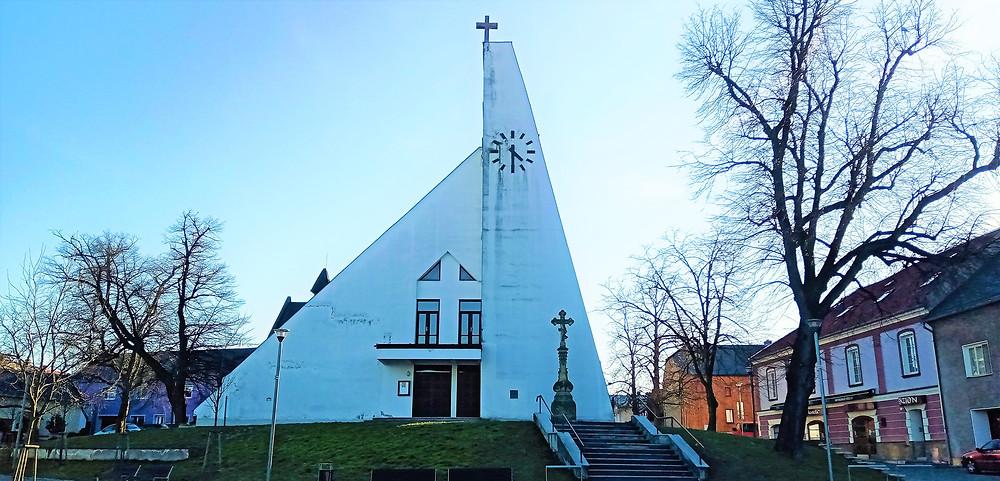 Kostel svatého Jiljí v Křelově - Břuchotíně má v rodném listě napsán rok vzniku 1963
