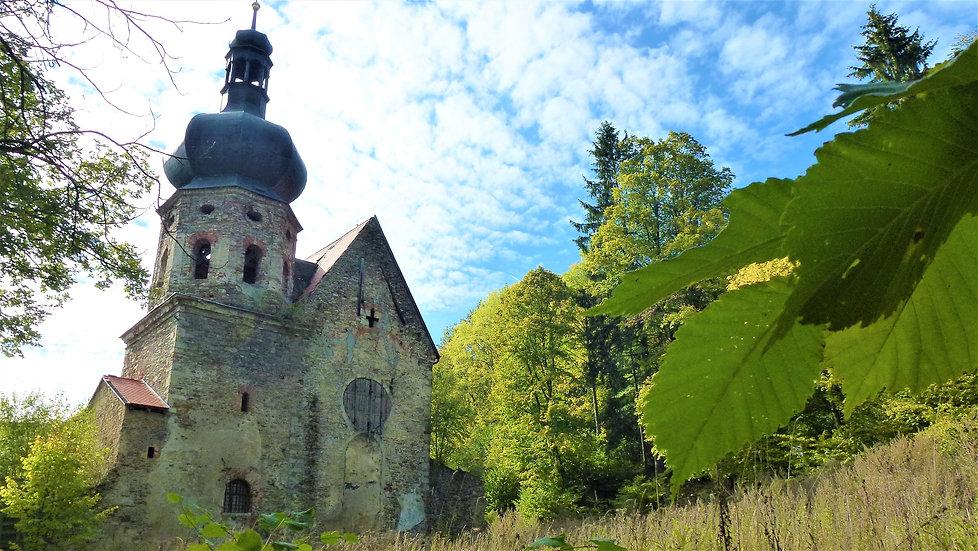 Bývalý augustiniánský klášter v Pivoni (