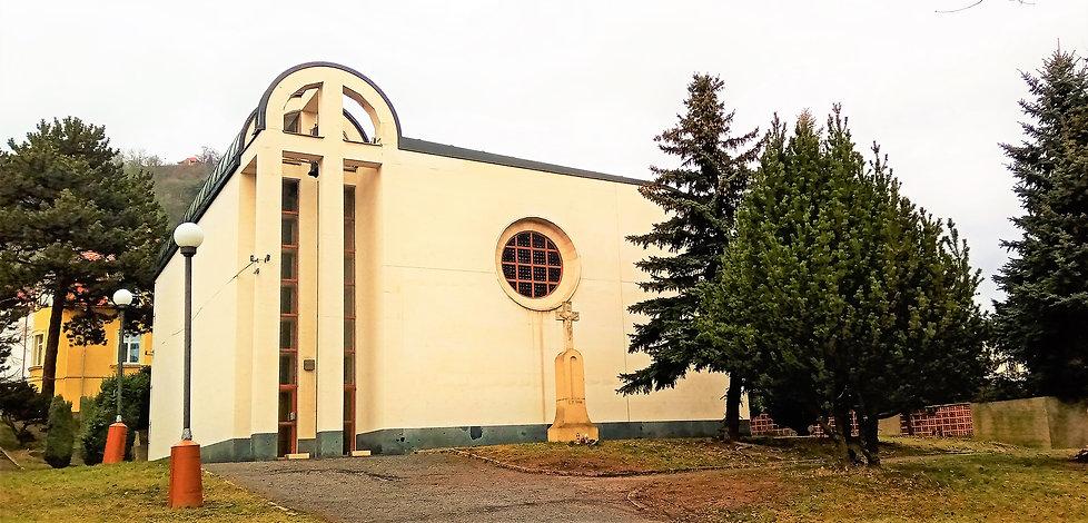 Jediný český kostel postavený v době normalizace - kostel svatého Václava v Mostě