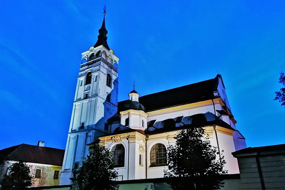 Kostel svatého Františka Serafínského v Lipníku nad Bečvou