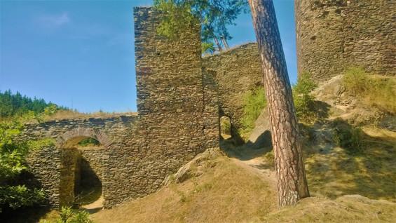 Galerie: Zřícenina hradu Gutštejn