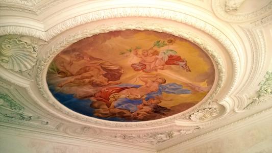 Jedna z mála stropních fresek na zámku Plumlov
