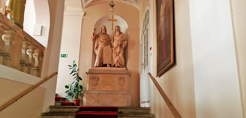 Vstupní schodiště Arcibiskupského paláce