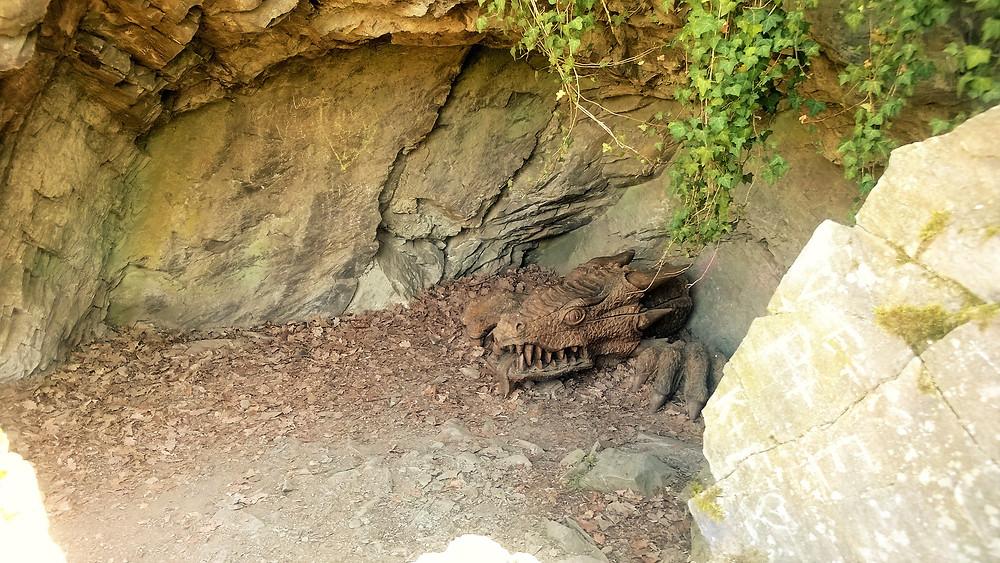 Dračí jeskyně u zámku v Čechách pod Kosířem