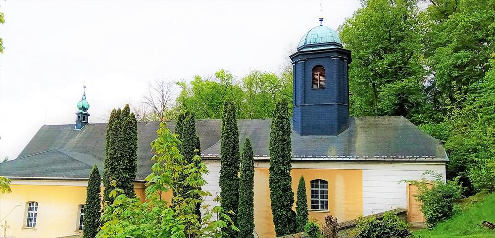 Kostel svatého Gotharda v Bouzově