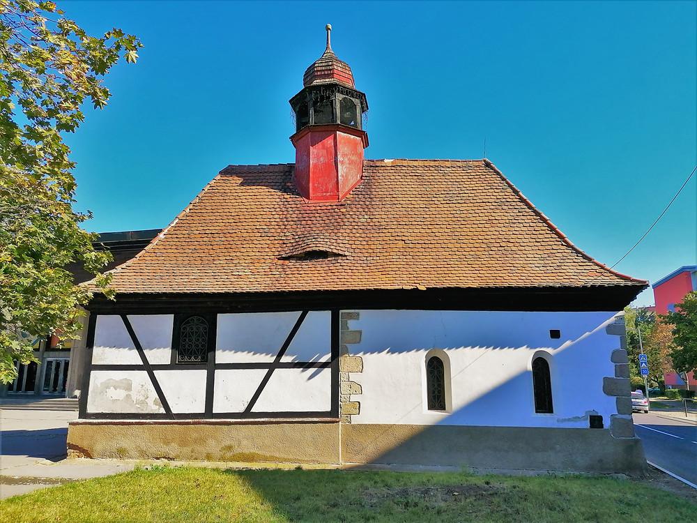 Kostel svatého Václava v Žatci byl založen pravděpodobně už ve 12. století