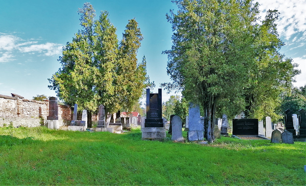 Židovský hřbitov v Kojetíně patří mezi nejstarší na Moravě