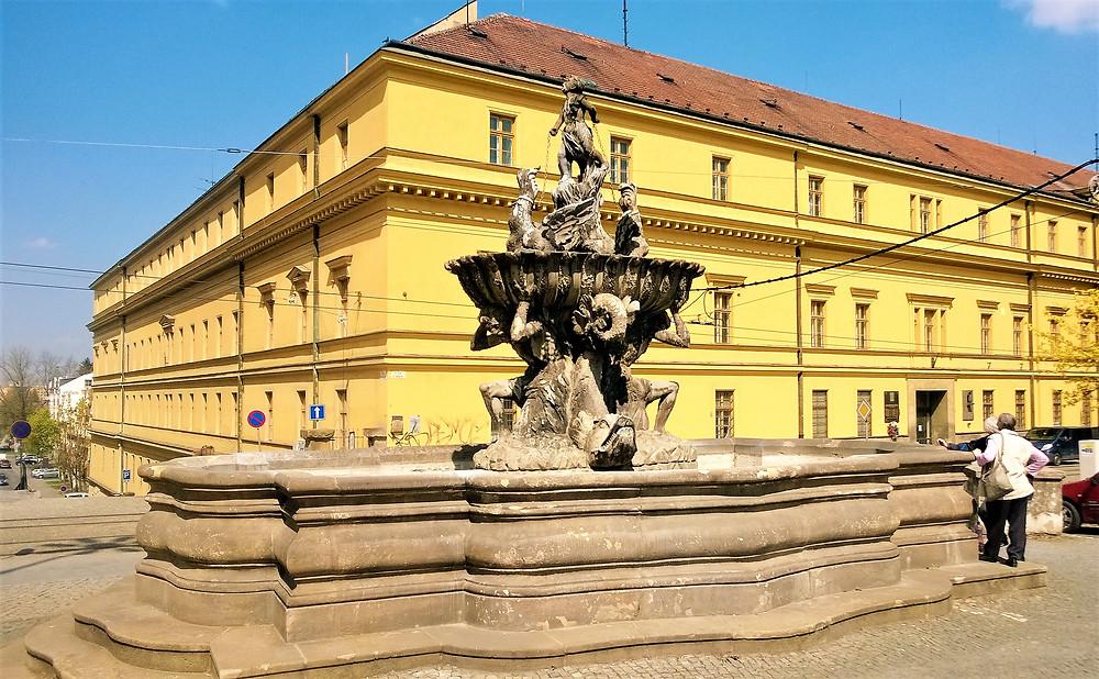 Národní kulturní památka Kašna Tritónů v Olomouci