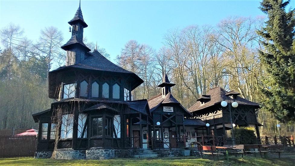 Lesní kavárna (Lobkowiczký pavilon) v Bí