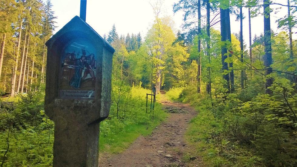Křížová cesta na Železné Rudě.jpg