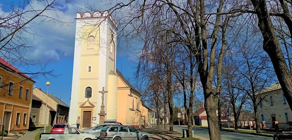 Kostel svaté Barbory Panny a Mučednice v olomoucké části Chválkovice