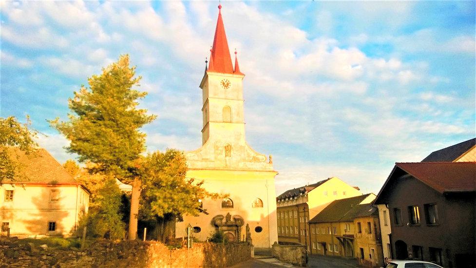 Kostel_svat%C3%83%C2%A9ho_Jakuba_v_Hosto