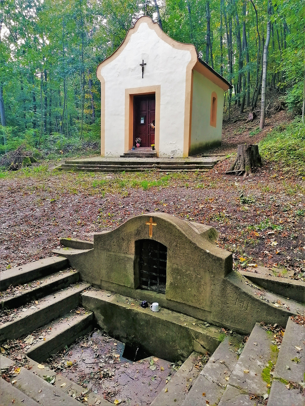 Kaple Panny Marie se zázračným pramenem ve Staré Vsi