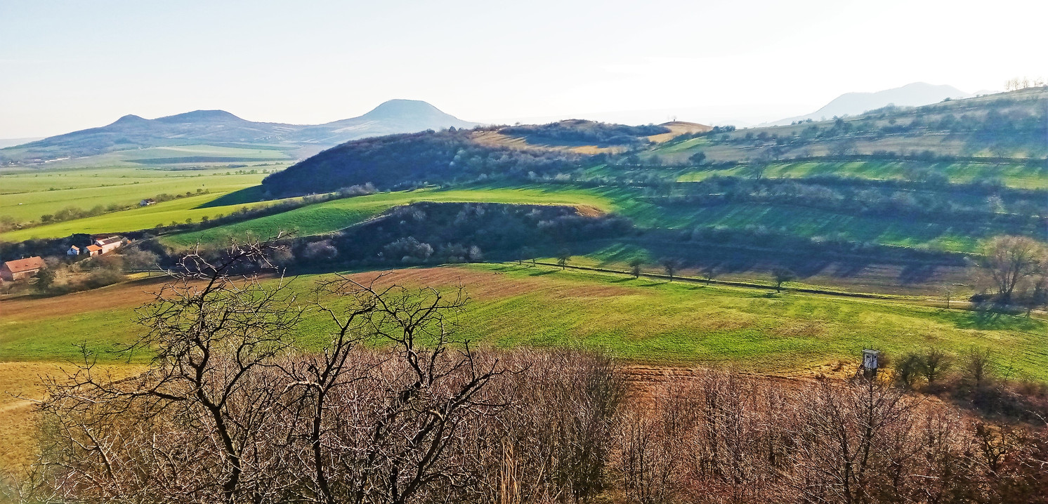 Galerie: Obrazy z vrchu Skála