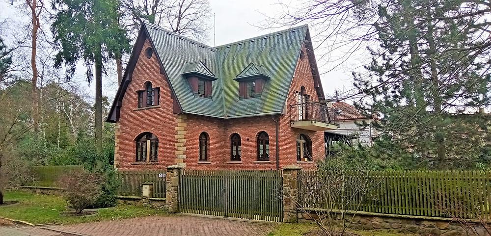 Některé starší domy v Klánovicích by mohly začít vyprávět svůj dlouhý příběh
