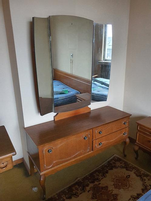 Vintage Kommode mit Spiegel
