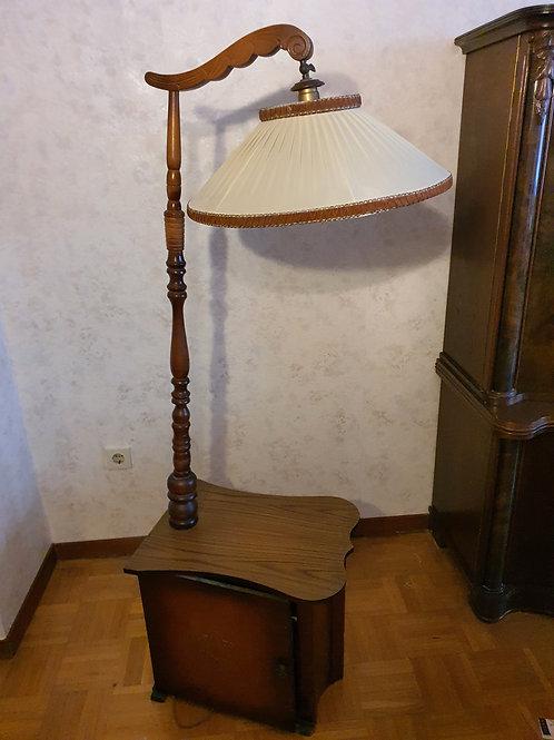 Vintage Stehlampe mit integriertem Schrank