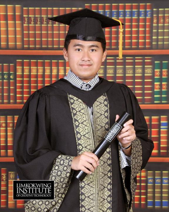 Jay Chua Graduation Portrait