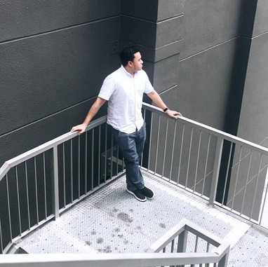 JAY CHUA Singer 蔡戔倡歌手 Building