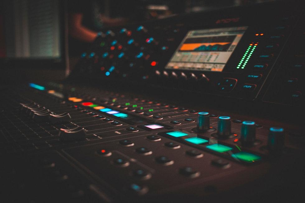 jdesignit jay chua music studio