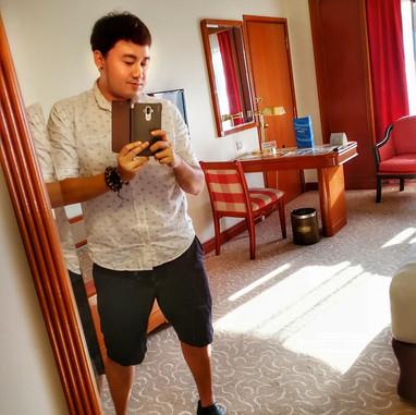 JAY CHUA Singer 蔡戔倡歌手 in the hotel