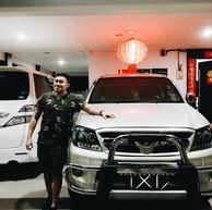 JAY CHUA Singer 蔡戔倡歌手 Toyota Hilux 4x4
