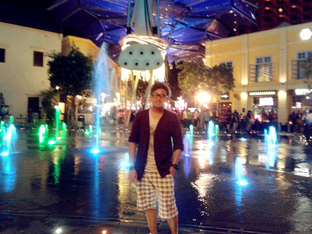 Jay Chua at Clarke Quey, Singapore