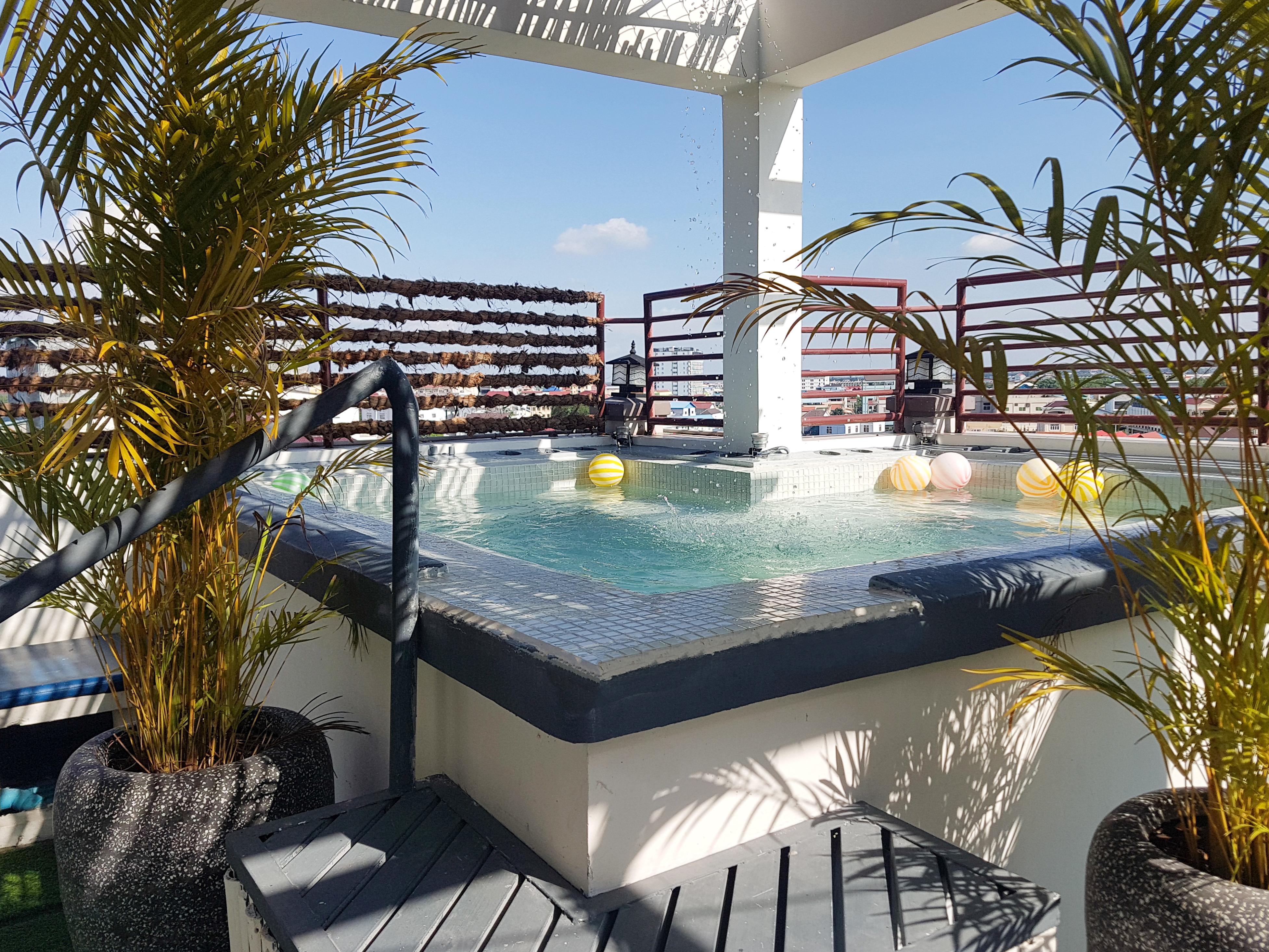 Pool | Phnom Penh | rentals