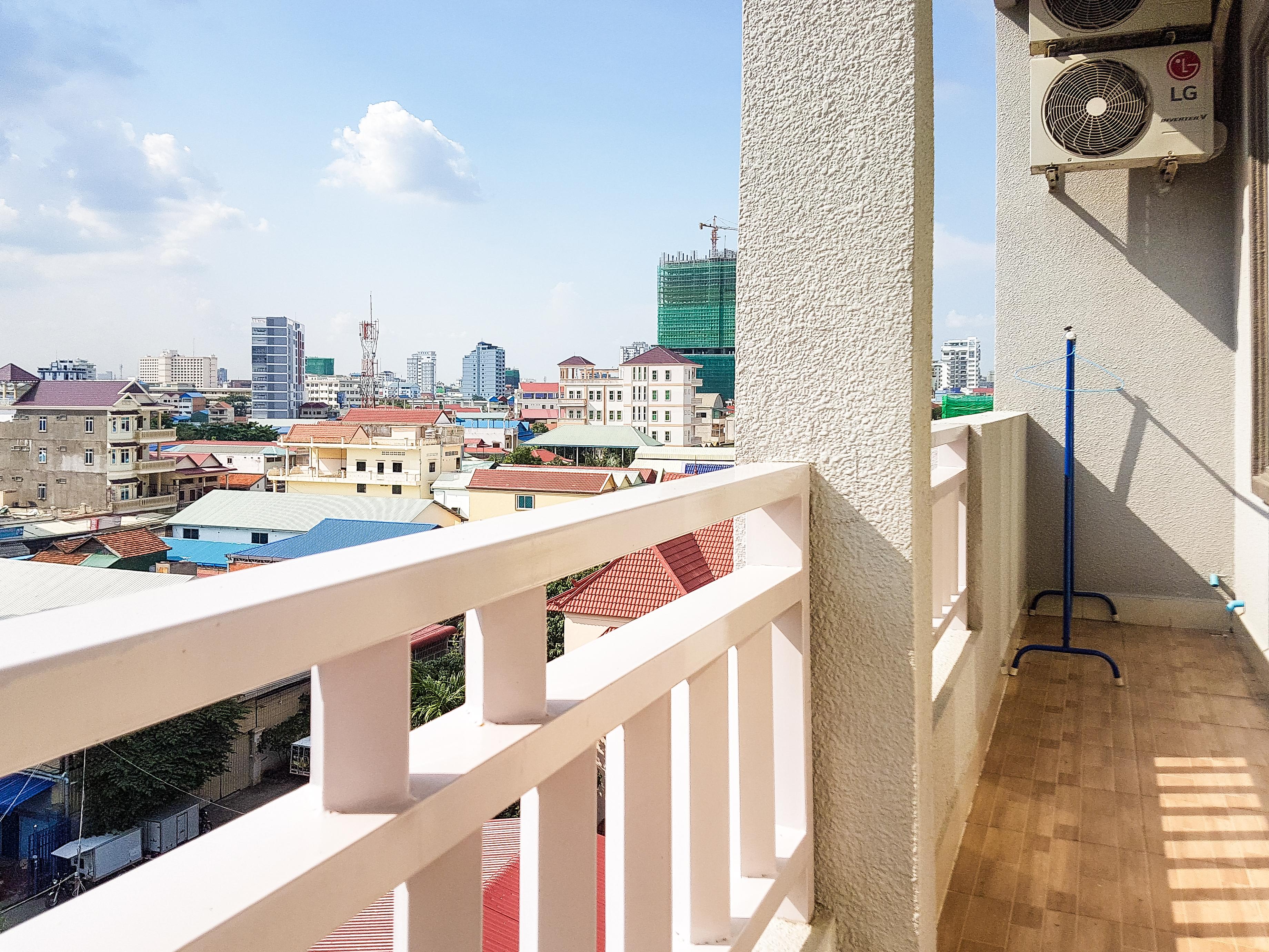 expats | Phnom Penh | short term