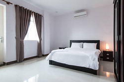 Bedroom - La Belle Residence