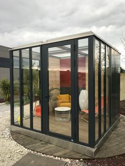 Cube petit salon
