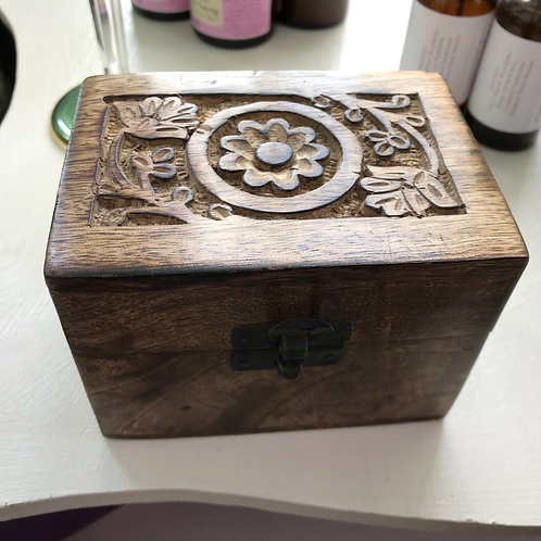 Carved Wooden 6 Bottle Aromatherapy Chest