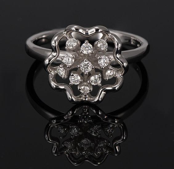 Inel din aur alb de 14k cu diamante de 0.25 ct.