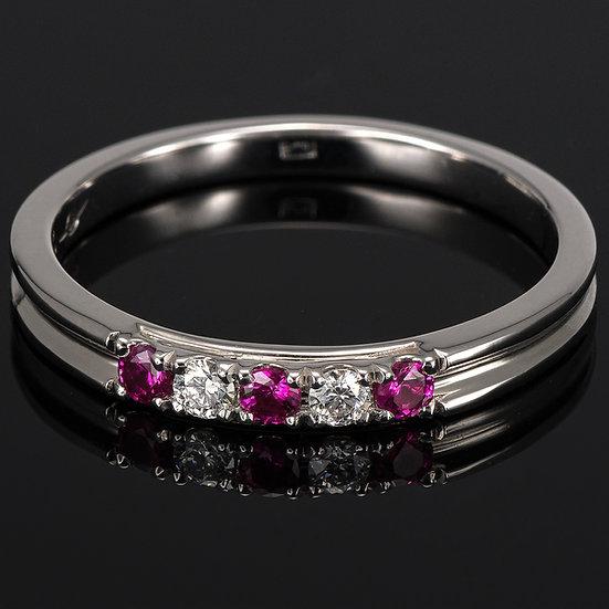 Inel din aur alb de 14k cu rubine si diamante de 0.06 ct.