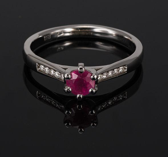 Inel din aur alb de 14k cu rubin si diamante.