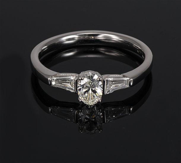 Inel din aur alb de 14k cu diamante de 0.55 ct.