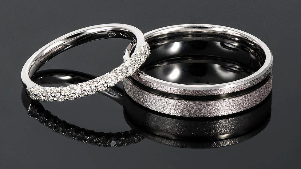 Pereche de verighete din aur alb de 14 K cu diamant de 0.42 CT.