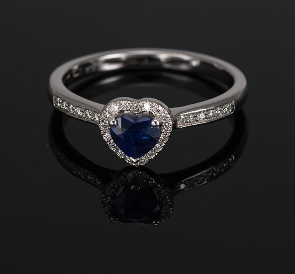 Inel din aur alb de 14k cu safir si diamante de 0.15 ct.