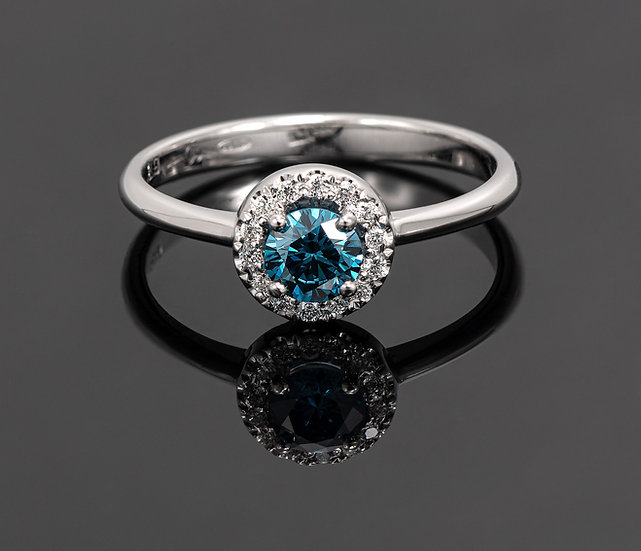 Inel din aur alb de 14k cu diamante de 0.31 ct.