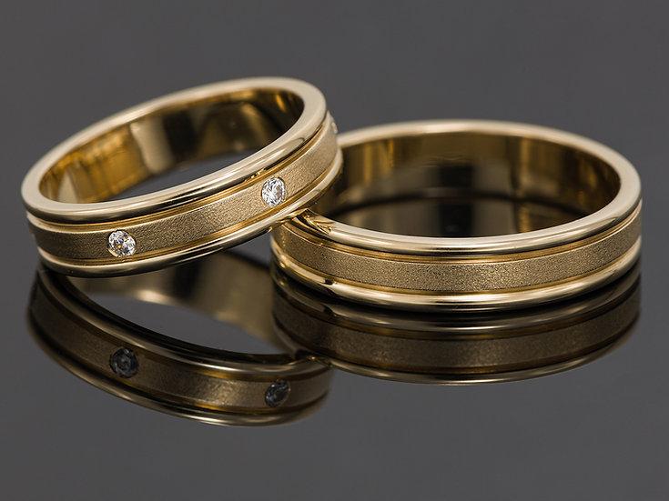 Pereche de verighete din aur galben de 14K cu diamante de 0.13 CT.