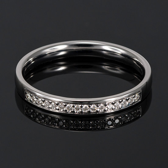 Pereche de verighete din aur alb de 14 K cu diamante de 0.08 CT.