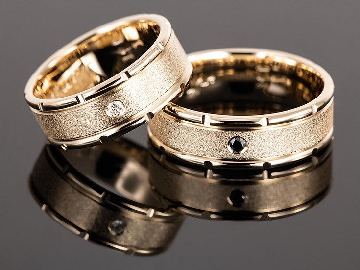 Pereche de verighete din aur galben de 14K cu diamant de 0.06CT