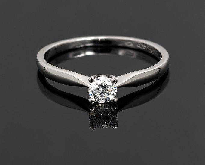 Inel din aur alb de 14k cu diamante de 0.20 ct.
